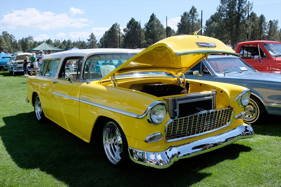 0010 Yellow and White 55 Nomad